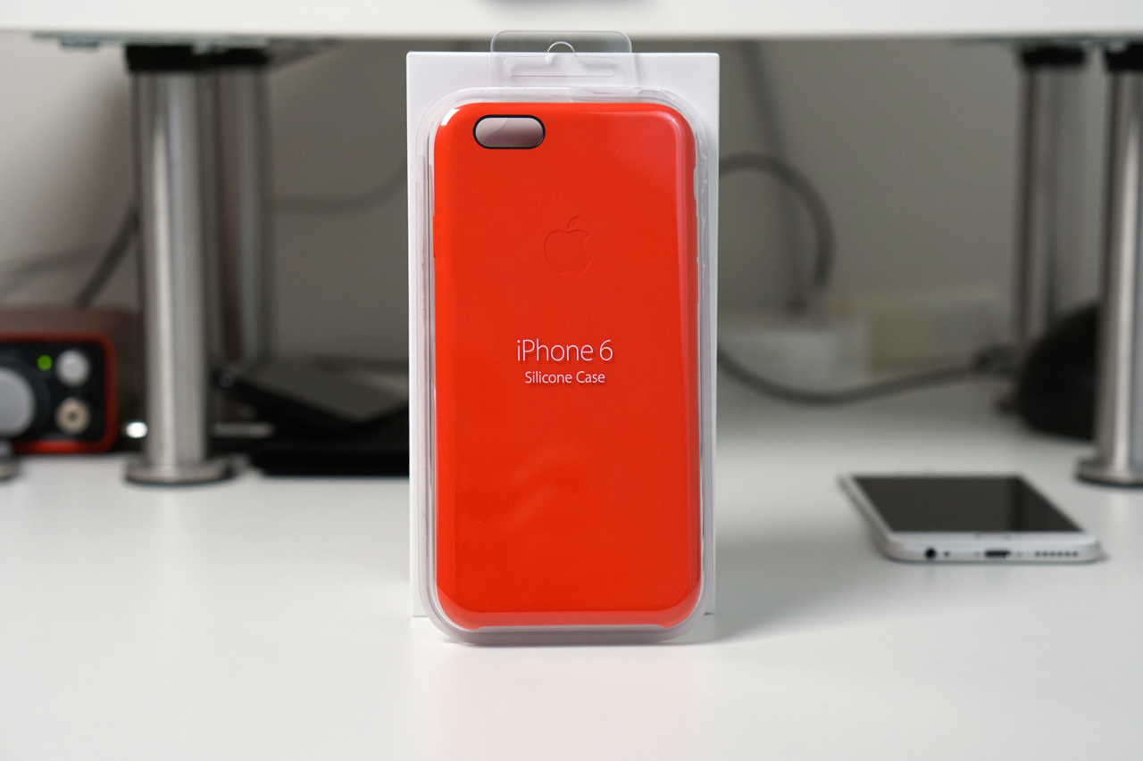 Official iPhone 6 Silicone Case Review