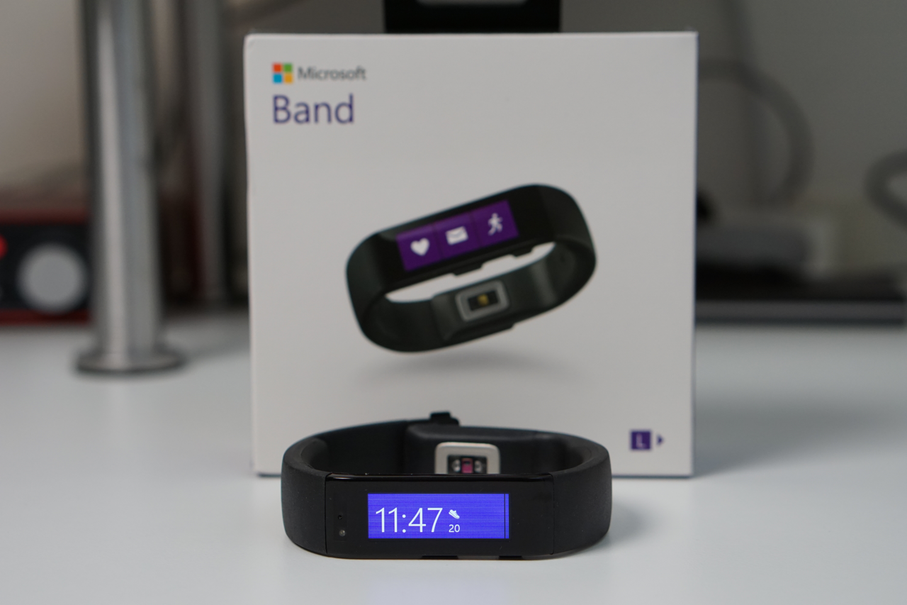 Microsoft Band Unboxing & First Setup