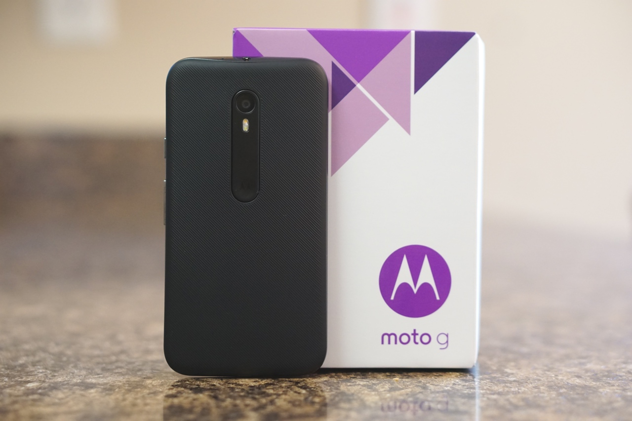 Moto G (2015) Unboxing and First Setup