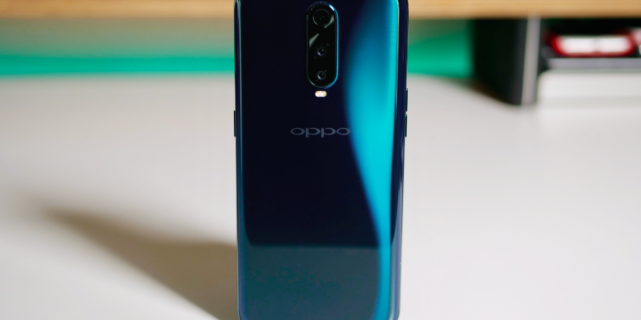 OPPO R17 Pro Unboxing and Full Review with Pubg, Battery, and Camera